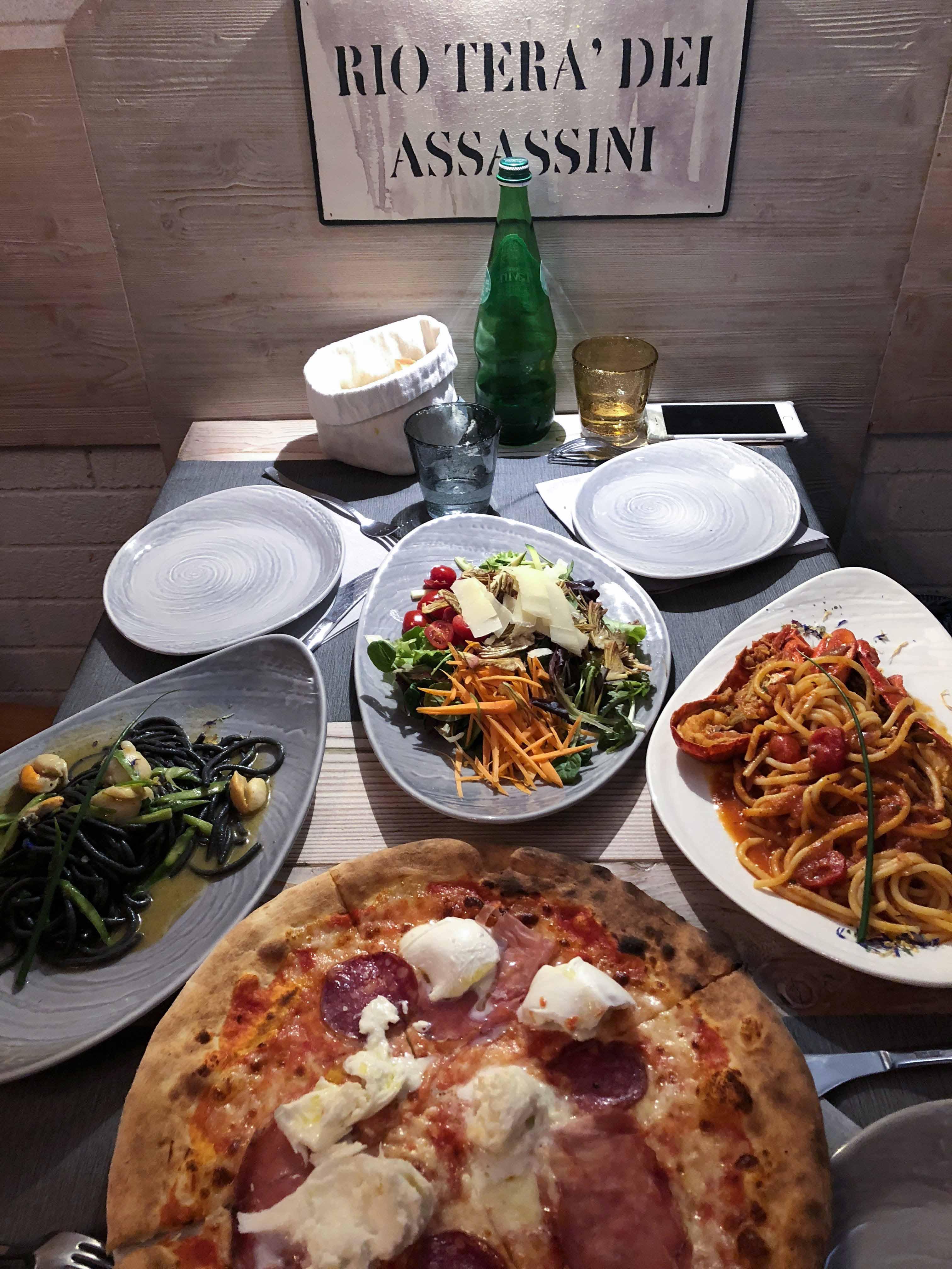 威尼斯ALeTole墨魚麵餐點拍攝