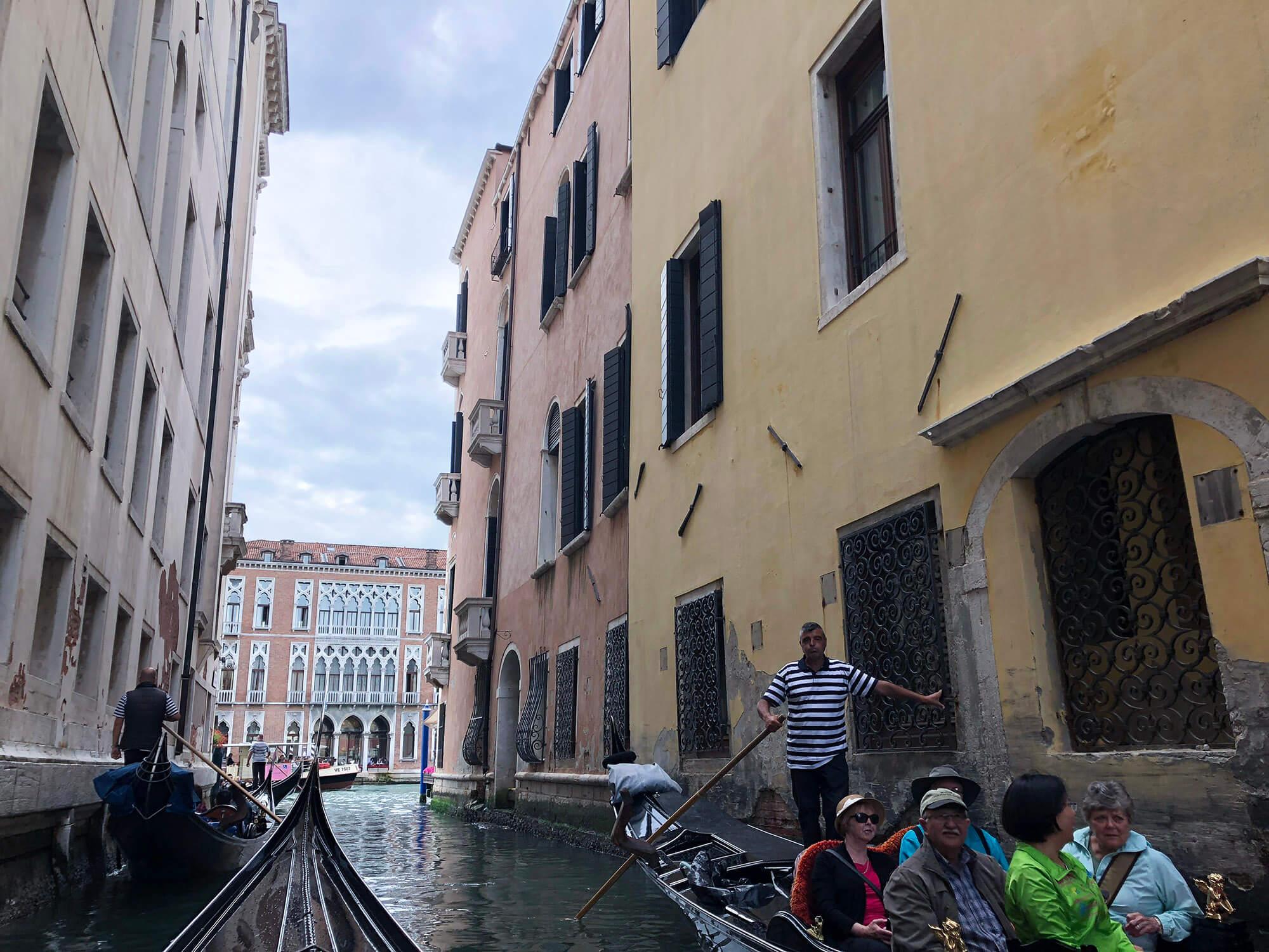 遊威尼斯搭乘貢多拉3