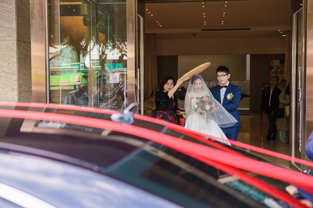米篩遮新娘