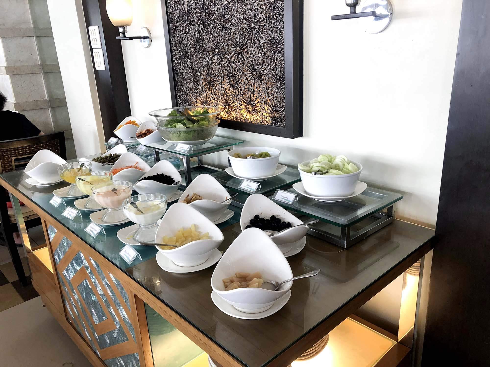 HenannLagoon早餐沙拉區