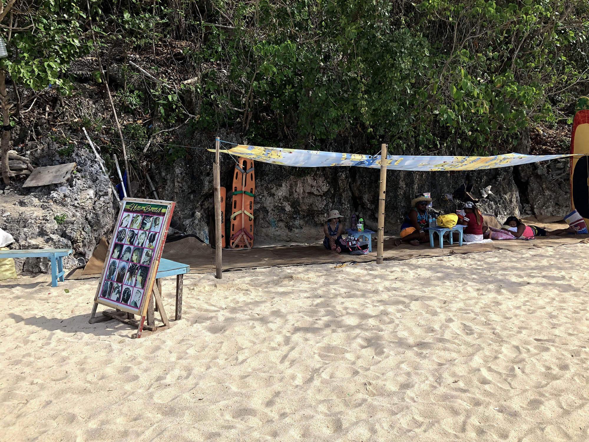 pukabeach海灘編髮攤販