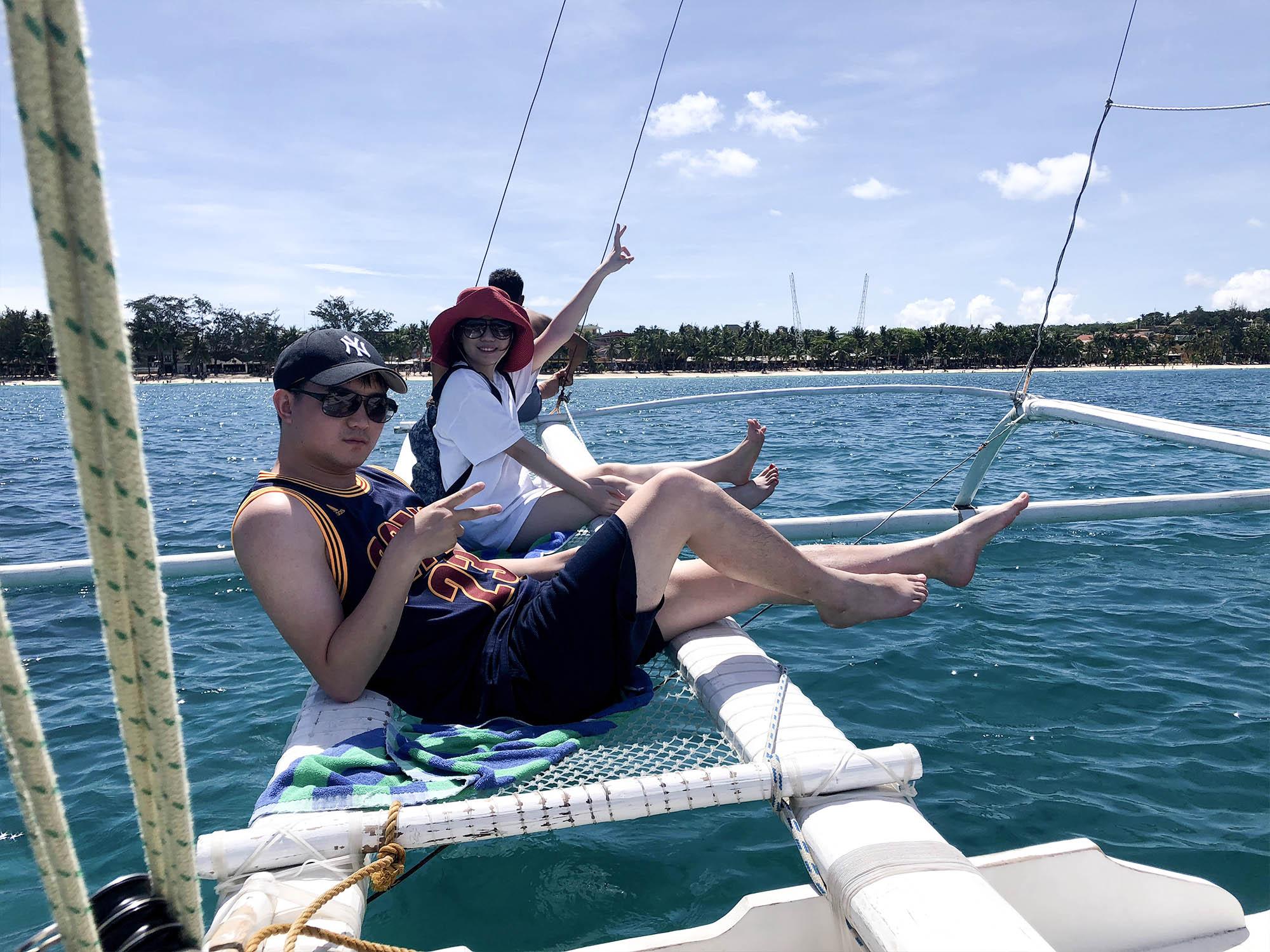 坐上風帆船
