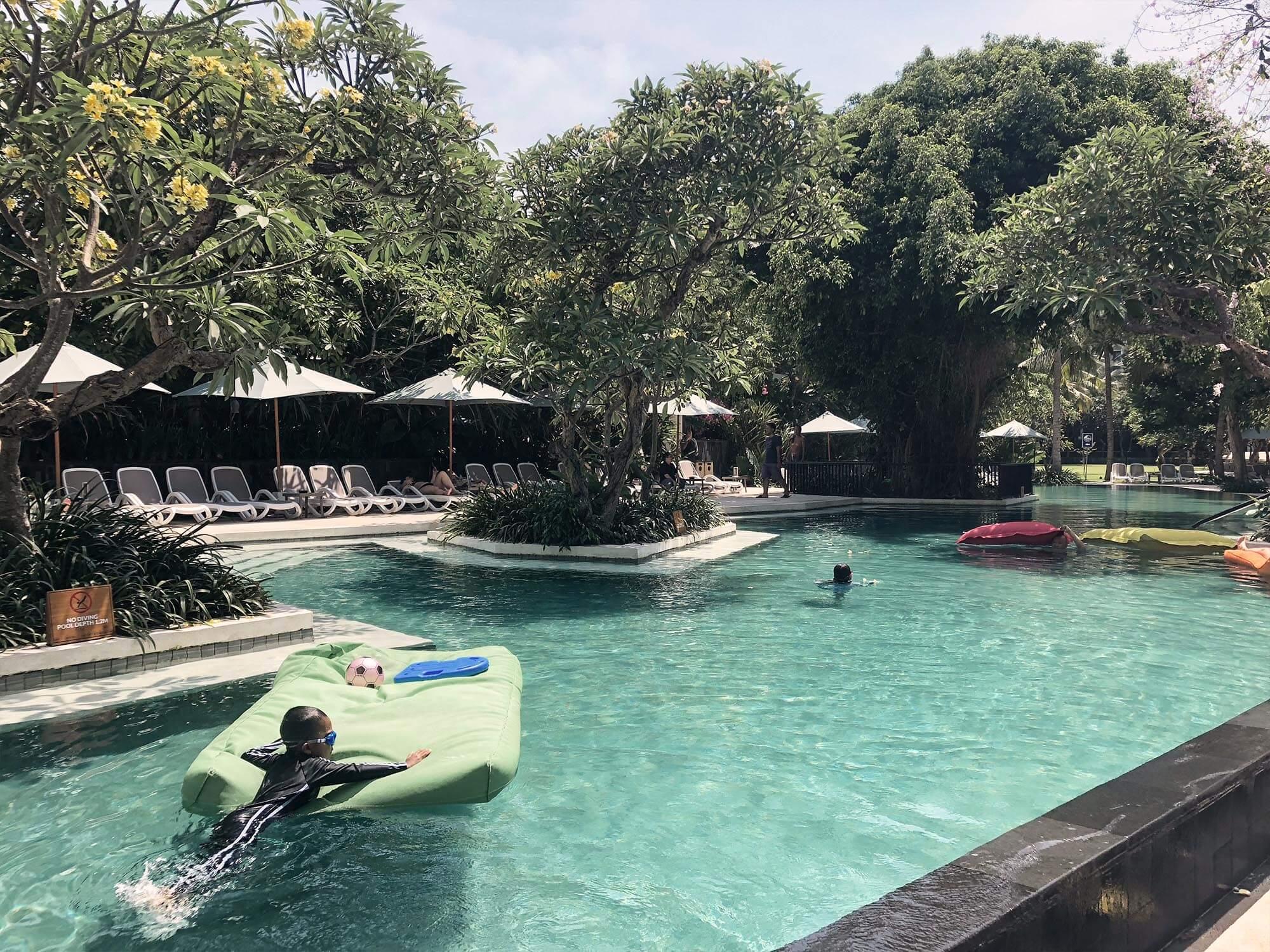 ANVAYA_BAli戶外泳池1