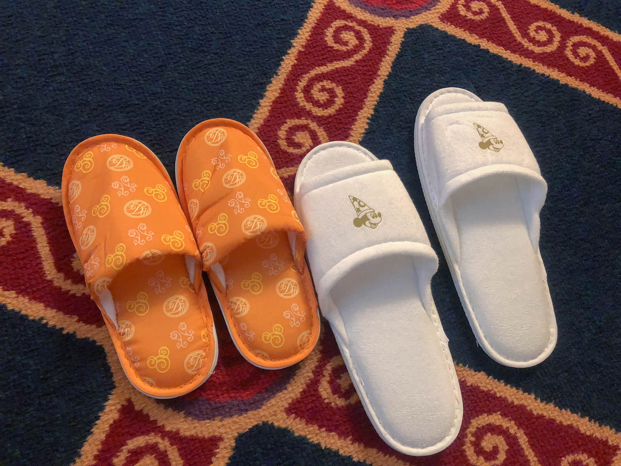 東京迪士尼飯店_美女與野獸房拖鞋2