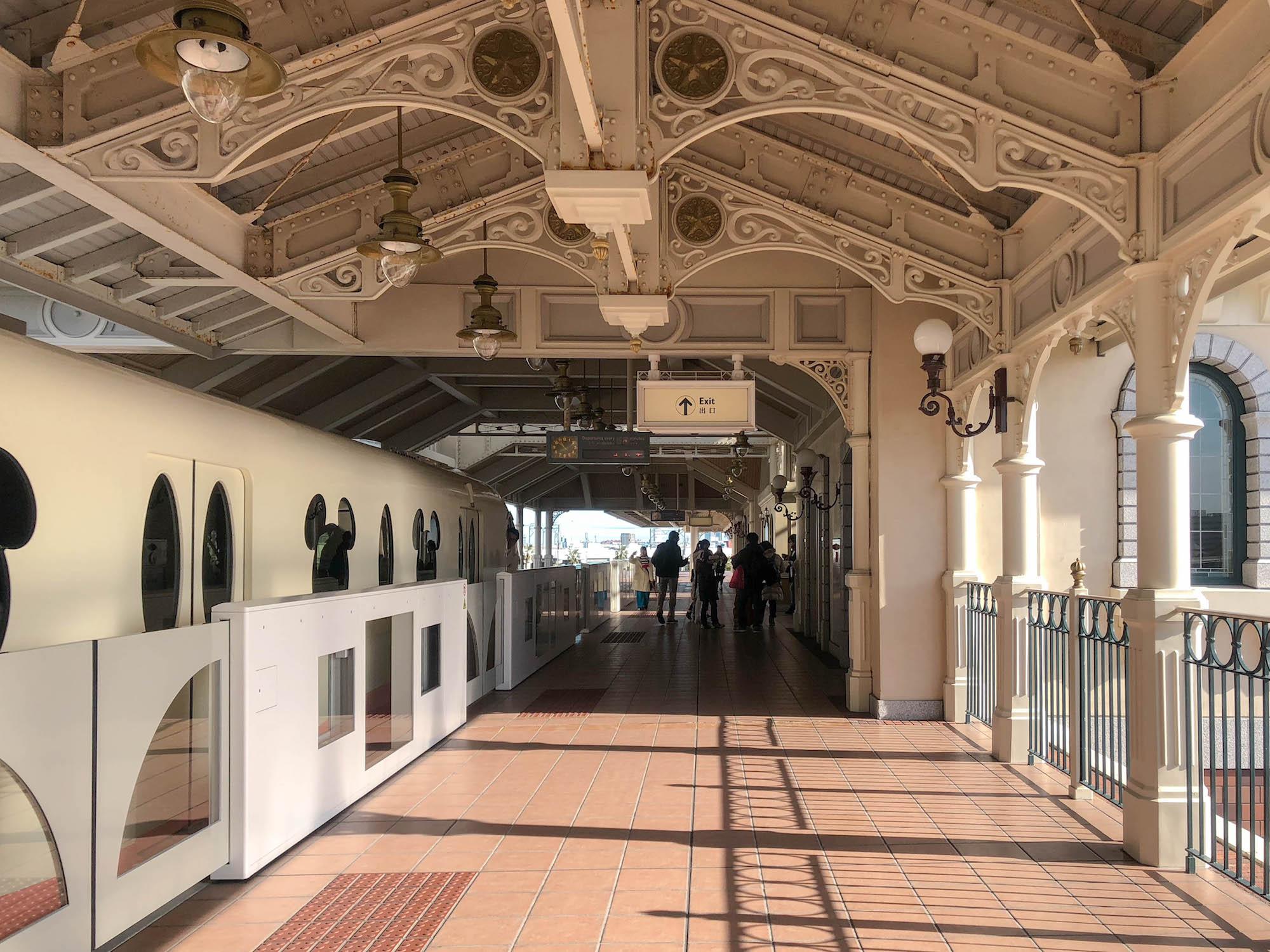 東京Disneyland station出口