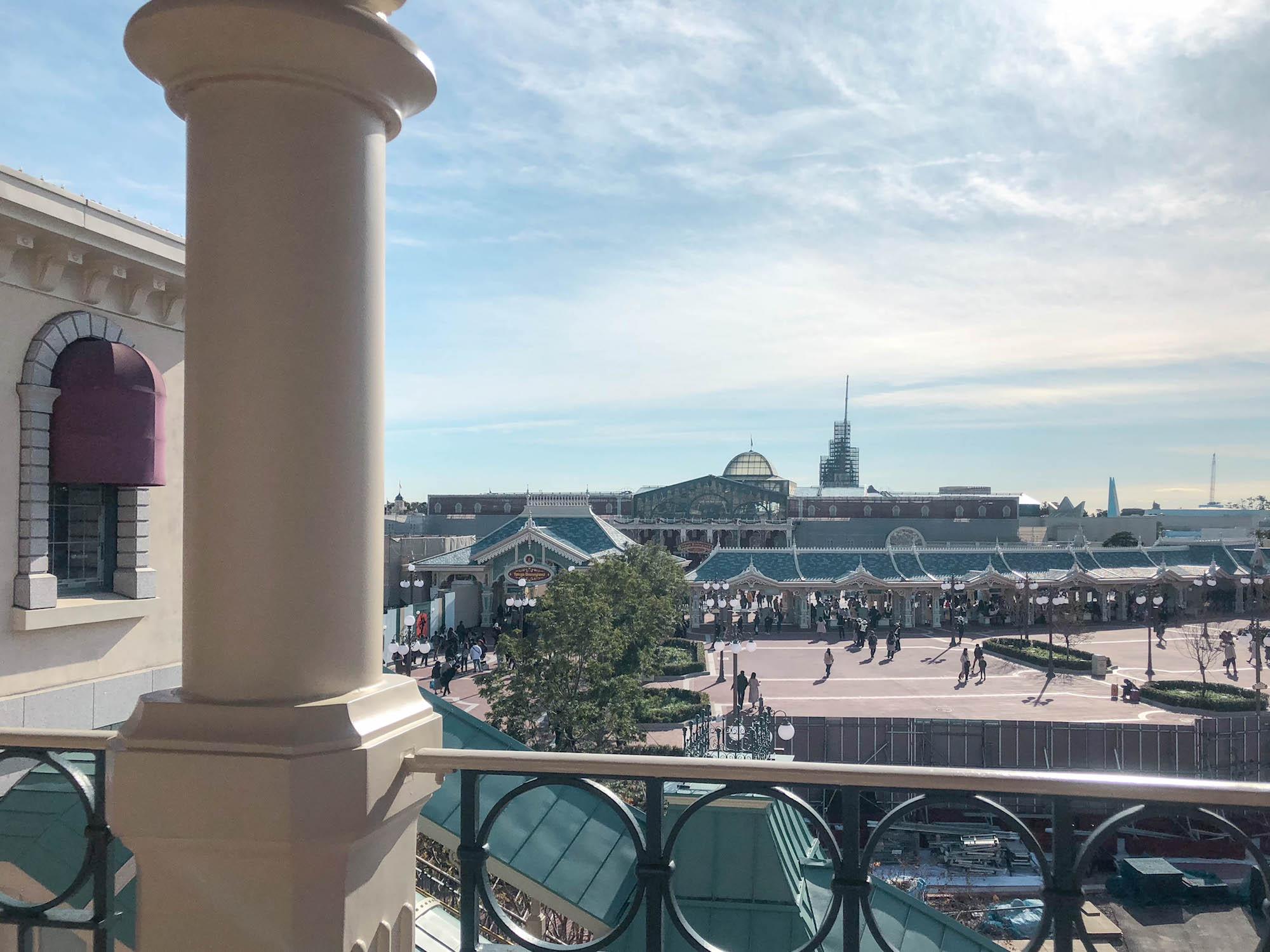 東京Disneyland station_遠處就是迪士尼樂園