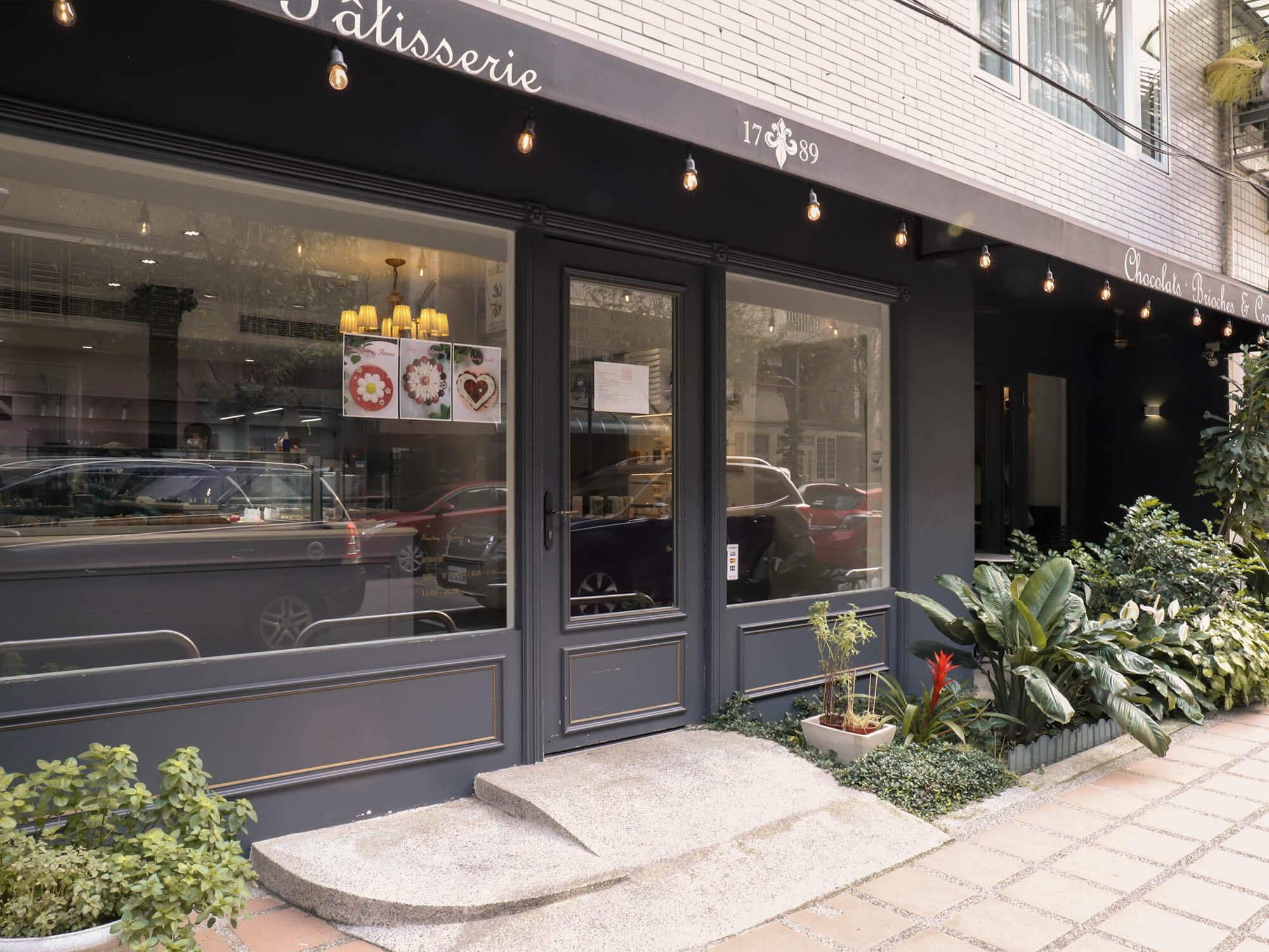 1789 Café Pâtisserie門口2