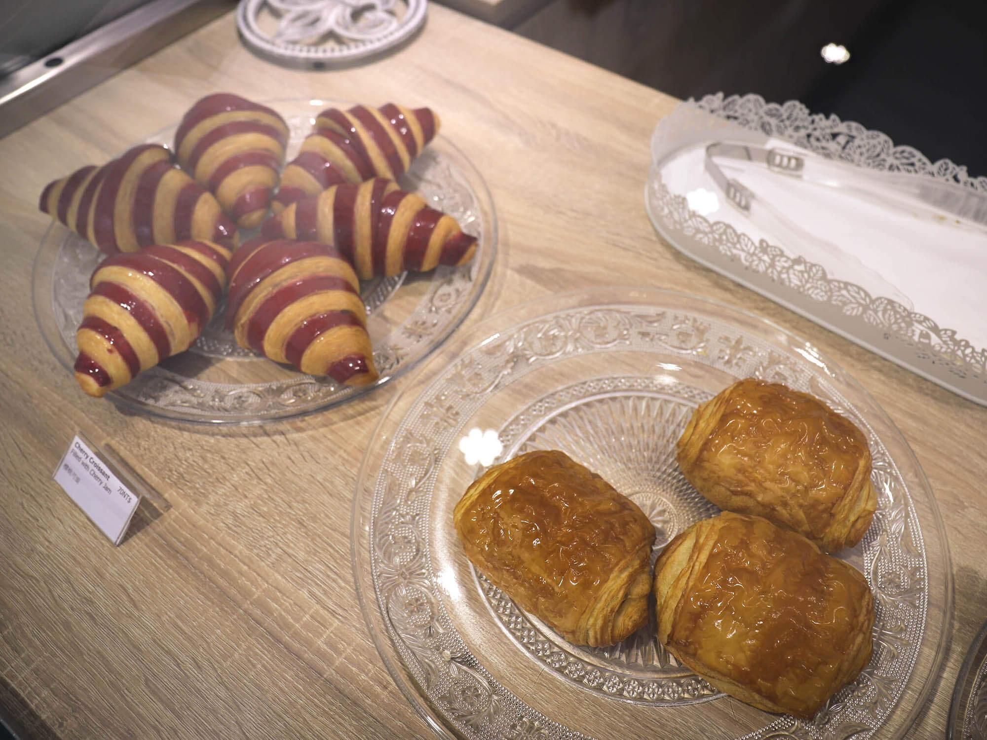 1789 Café Pâtisserie_櫻桃可頌