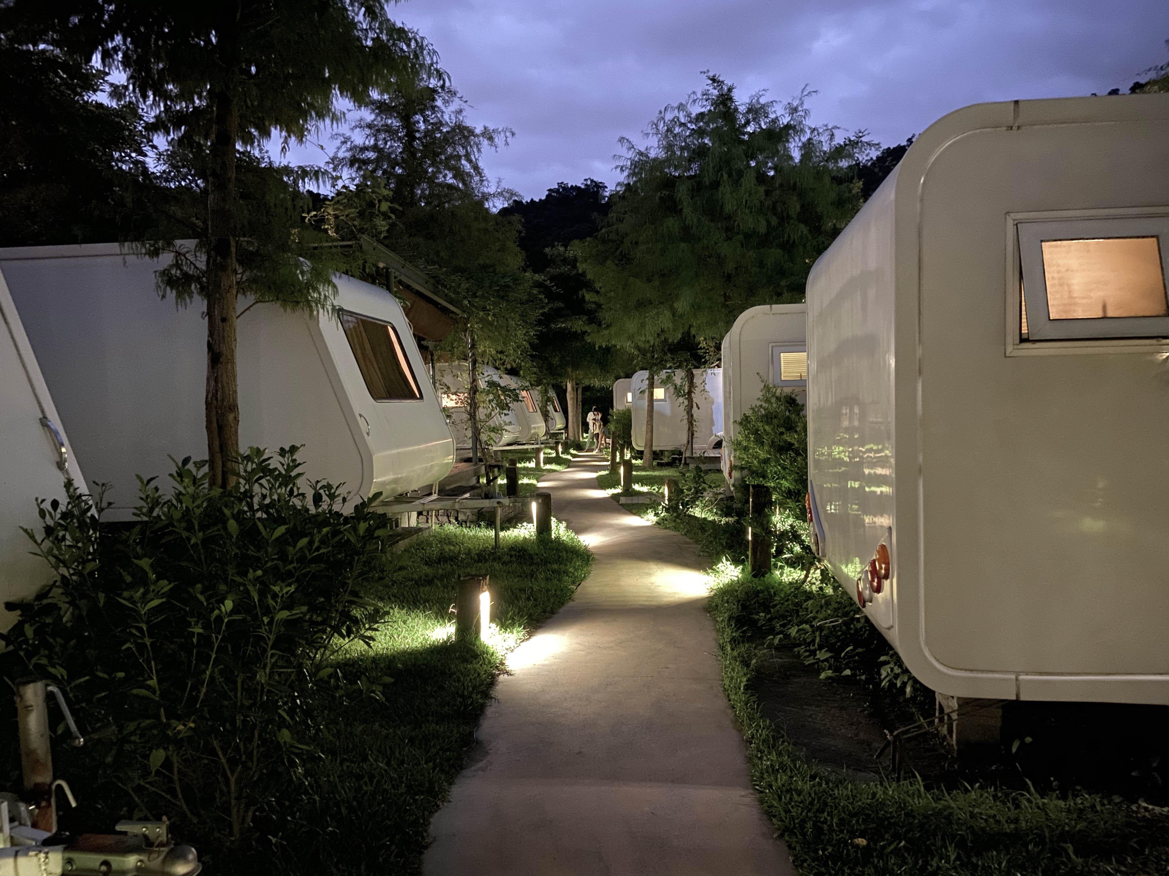 天ㄟ露營車