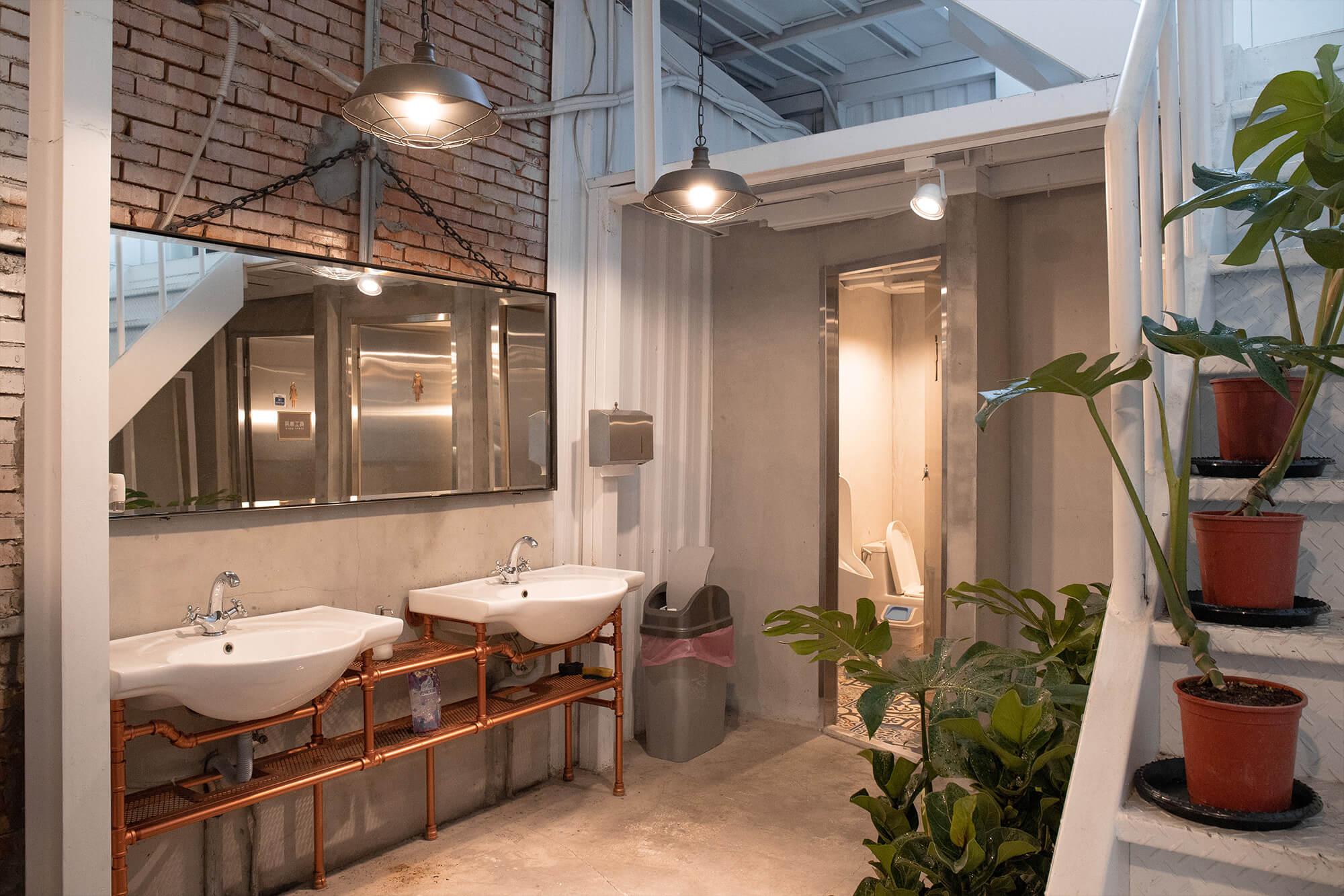 Ln180 Cafe_廁所