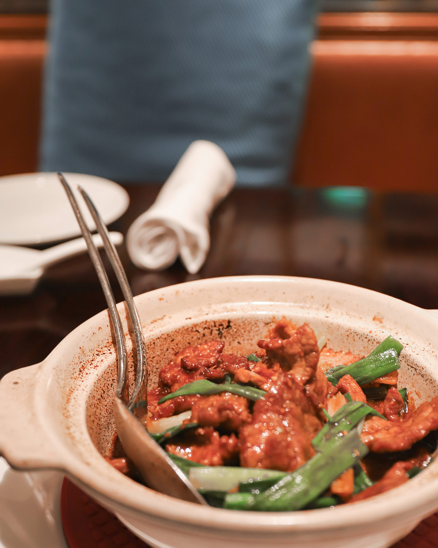 儷軒中餐廳_薑蔥牛肉煲