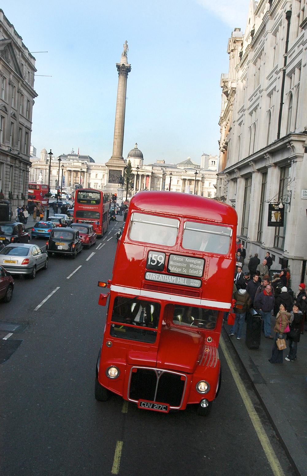 倫敦巴士搭車攻略:必搭的復古老公車Routemaster