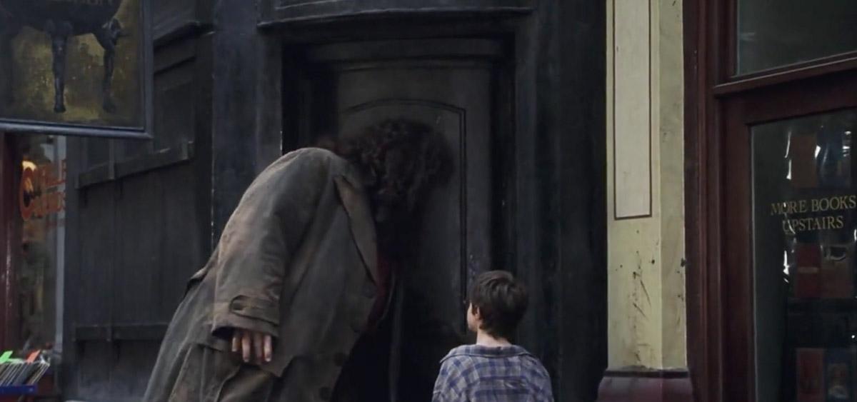 哈利波特在倫敦拍攝的10個知名電影場景:破釜酒吧|《神秘的魔法石》