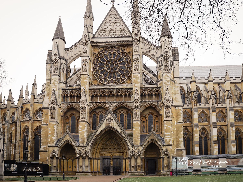 西敏寺 Westminster Abbey必看的景點介紹:西敏寺北門門口