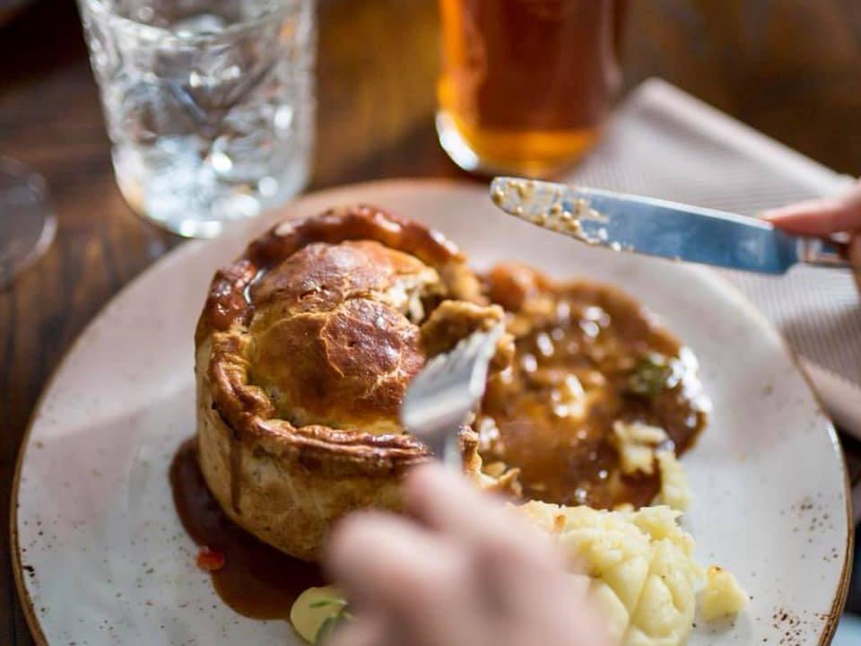 倫敦必吃9大傳統美食餐點和餐廳推薦:The Windmill Mayfair