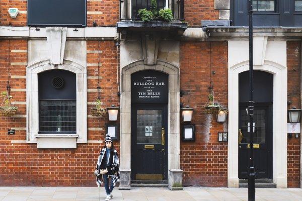倫敦必吃9大傳統美食和餐廳推薦:英式下午茶、炸魚薯條、Eton mess草莓慕斯…