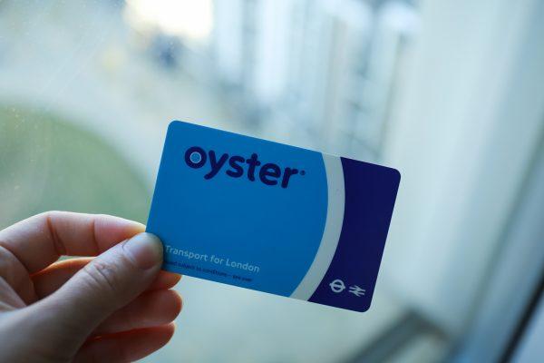 Travelcard旅遊卡值得辦嗎?倫敦交通之感應信用卡、牡蠣卡和旅遊卡票價解析