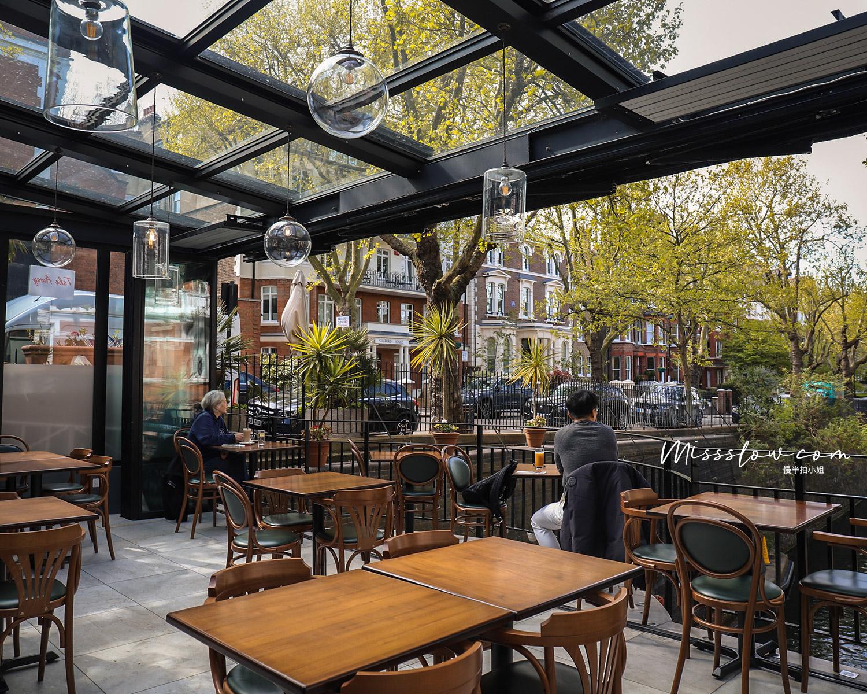 Cafe Laville半開放式座位