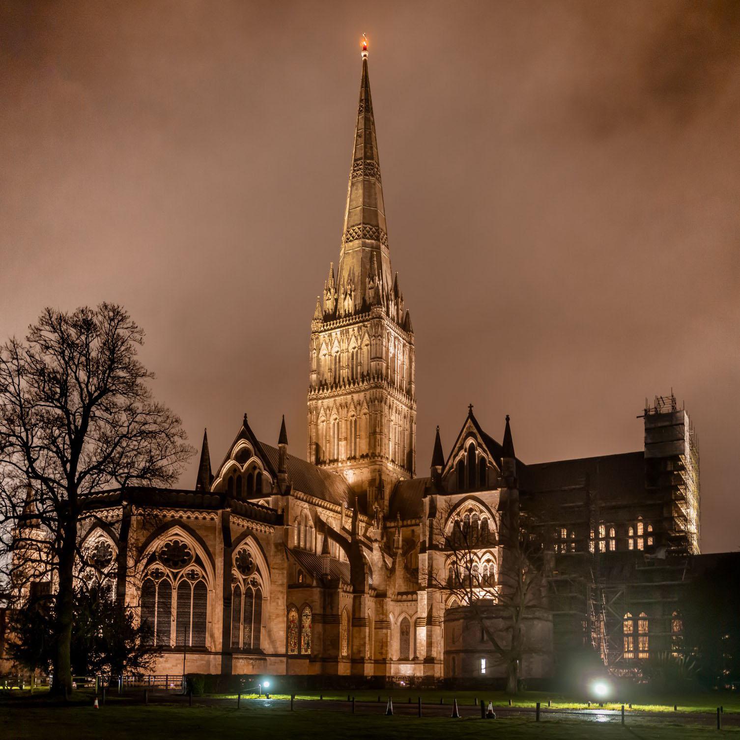 全英國最高的教堂索爾茲伯里座堂(Salisbury Cathedral)