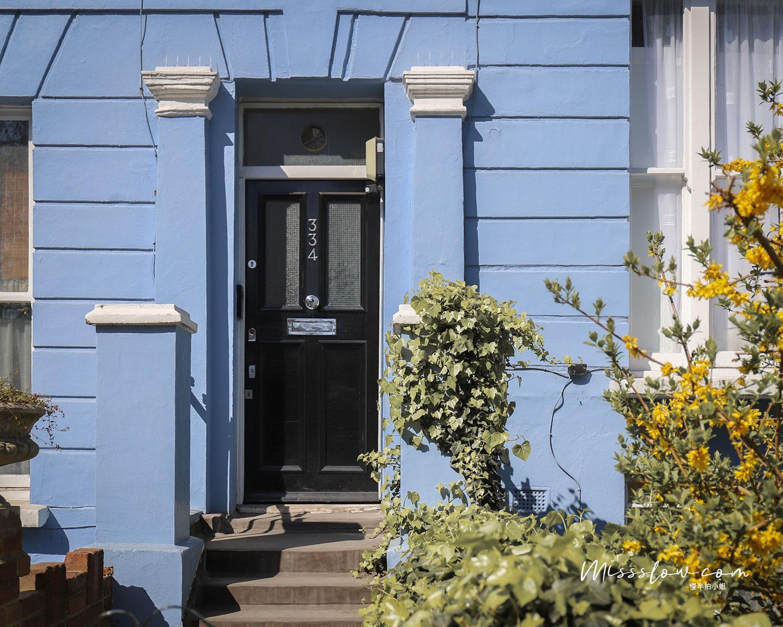 諾丁丘 每家門口顏色都好喜歡,天空藍太可愛了