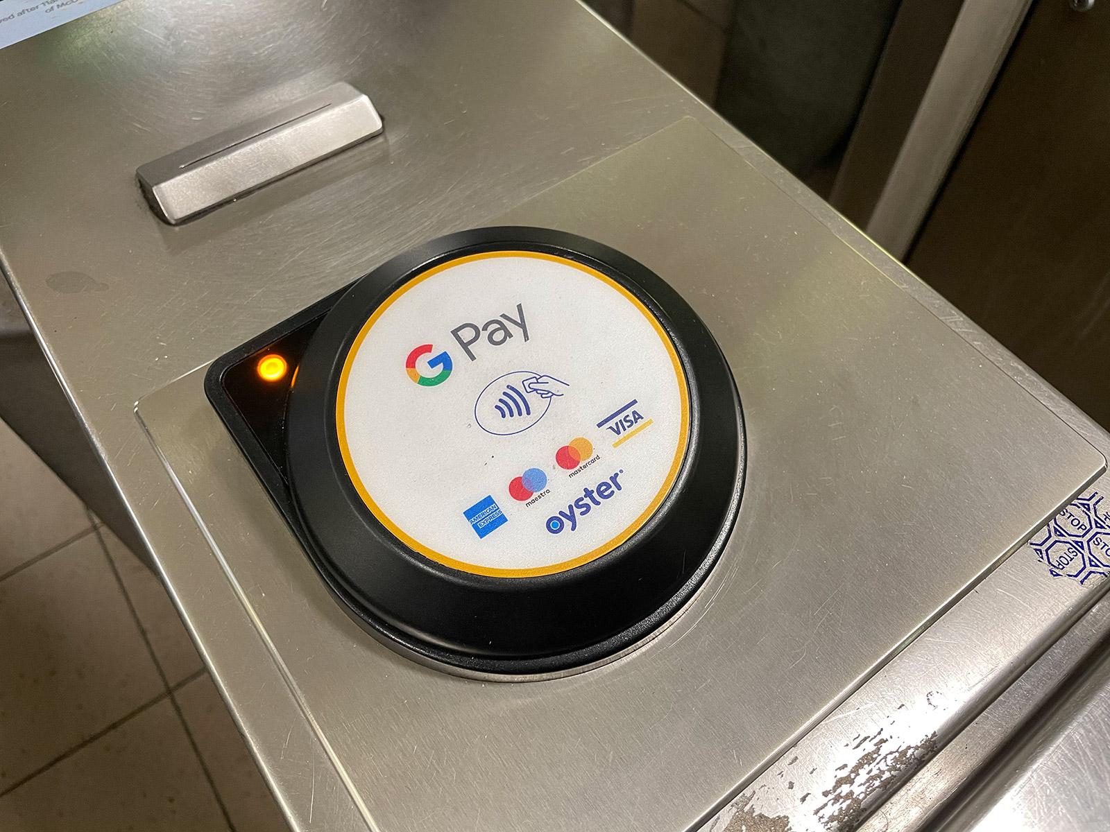 倫敦地鐵 感應區-白色圓圈